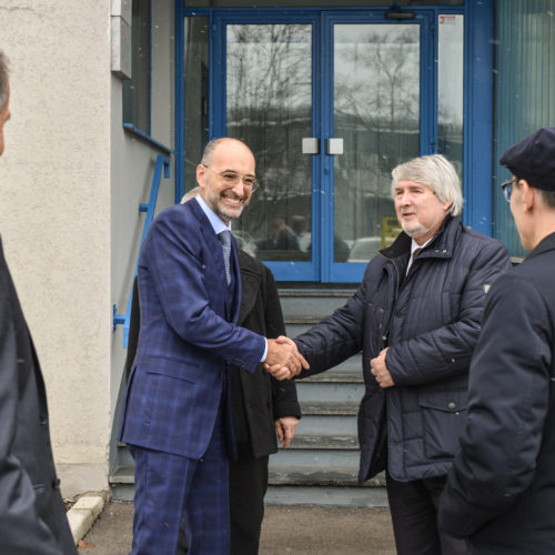 The Minister Poletti welcomed by two representatives of the senior management of Aquafil, Fabrizio Calenti and Adriano Vivaldi
